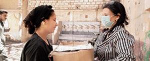 Dank Lebensmittlpaketen von AUEED muss die Familie von Magda nicht hungern.