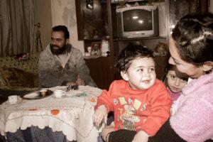 Vor dem Krieg verdiente Fadi Fattal gut. Heute kann seine Familie nur dank der Hilfe der Kirche überleben.